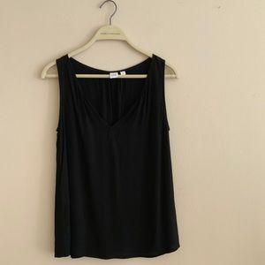 Gap size small blouse